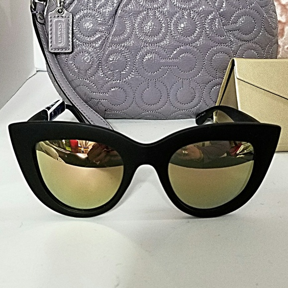e9eebb5886 QUAY AUSTRALIA  nwt  Kitti Cat GOLD Sunglasses